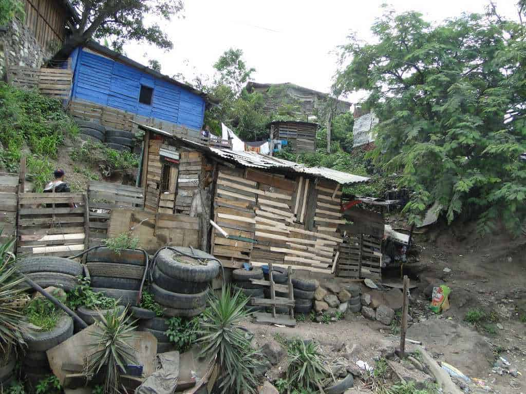 poverty housing in honduras
